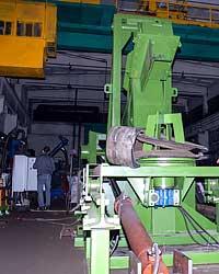 Гильотина для рубки крупногабаритных шин