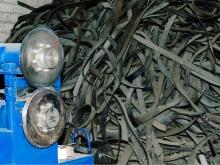 Станок для нарезки шин на ленты для дальнейшего растирания в крошку
