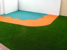 Игровая зона с покрытием из мягкого асфальта