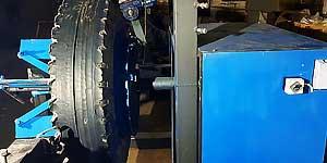 Шарошечный станок для переработки автомобильных шин