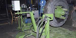 Станок для резки и утилизации грузовых колес